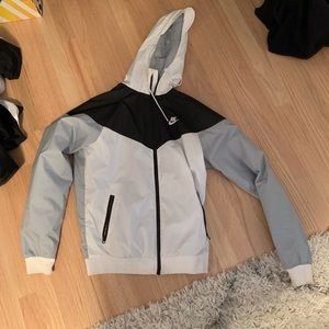 Nike windbreaker/ rain jacket